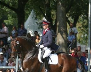 Christian Flamm and Samba Hit I at the 2004 Bundeschampionate :: Photo © Astrid Appels