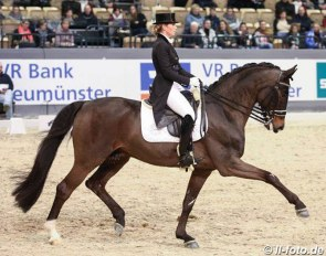 Morgan Barbançon and Sir Donnerhall II OLD at the 2018 CDI-W Neumunster :: Photo © LL-foto