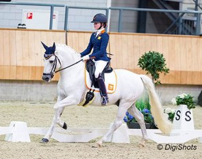 Micky Schelstraete and Elin's Noncisdador at the 2018 Dutch Indoor Championships :: Photo © Digishots