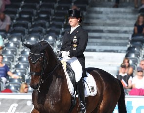 Victoria Michalke and Pavarotti in the U25 Division at the 2011 European Championships in Rotterdam :: Photo © Astrid Appels