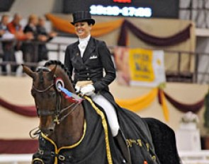 Lyndal Oatley and Sandro Boy win the World Cup Qualifier at the 2012 CDI-W Kaposvar :: Photo © Zoltán Andrássy