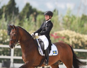 Jennifer Lindvall on Jazzmatazz at the 2016 European Junior Riders Championships :: Photo © Astrid Appels