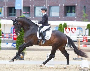 Eva Möller and Jovian win the 2018 Pavo Cup qualifier in Geesteren, The Netherlands :: Photo © Digishots