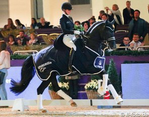 Isabel Freese and Total Hope win the 2019 Nurnberger Burgpokal Finals :: Photo © LL-foto