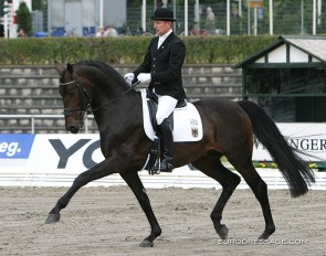 Oliver Luze and Carabas at the 2004 World Young Horse Championships in Verden :: Photo © Astrid Appels