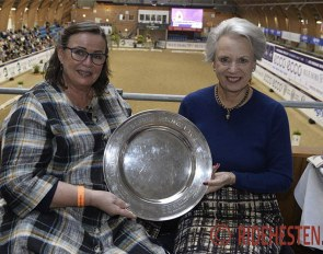 Hanni Toosbuy Kasprzak and HRH Princess Benedikte of Denmark with the Lis Hartel Memorial Trophy at the 2020 CDI-W Vilhelmsborg :: Photo © Ridehesten