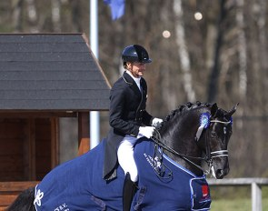 Edward Gal won the Grand Prix on Total U.S. but rode the prize giving with Toto Jr at the 2021 CDI Opglabbeek :: Photo © Astrid Appels