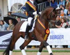 Anna Sophie Fiebelkorn and Imperio win the 2008 Bundeschampionate :: Photo © Barbara Schnell