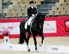 Catherine Haddad and Cadillac (by Solos Carex) at the 2008 CDI Lyon