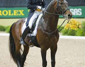 Very sad for Leslie Morse. Her horse Kingston got lame in the Grand Prix and was eliminated.