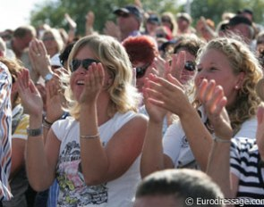 The crowds cheer for Adelinde Cornelissen at the 2009 European Championships