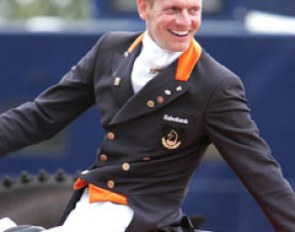 Gal is all smiles after hearing his new World Record Grand Prix score