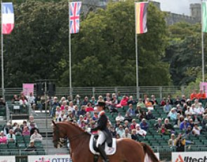 Adelinde Cornelissen about to start her Grand Prix ride. Windsor castle in the backdrop