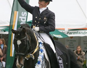 Jody Hartstone Wins the 2009 New Zealand Horse of the Year Show