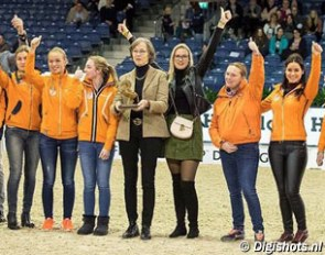 Tineke Bartels flanked by her team riders at the 2017 CDI-W Amsterdam :: Photo © Digishots