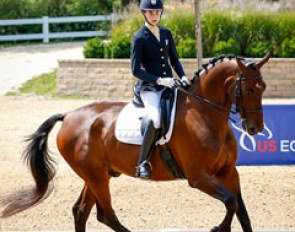 Isabel Linder and Elvis win the 2017 U.S. Junior Riders Championships :: Photo © Sue Stickle