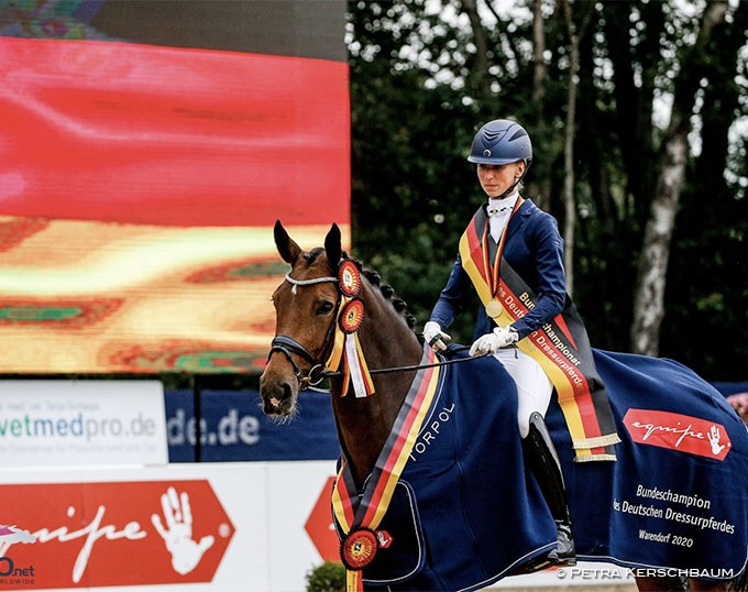 Greta Heemsoth and Sommernacht are the 2020 Bundeschampions in the 5-year old dressage horse finals :: Photo © Petra Kerschbaum