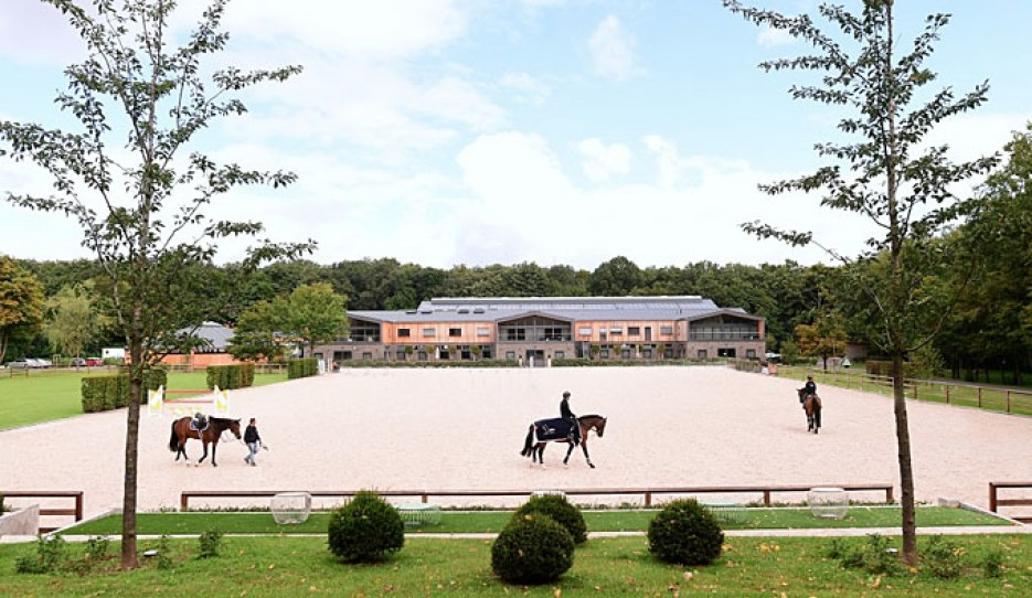 State of the art equestrian centre near Frankfurt