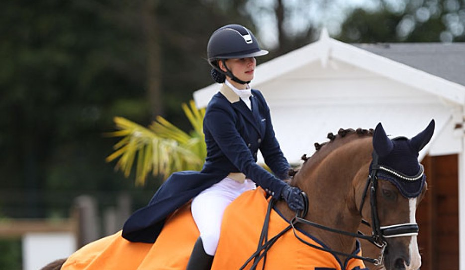 Aleksandra Maksakova and Bojengels win the Under 25 division at the 2020 CDI Grote Brogel :: Photo © Astrid Appels