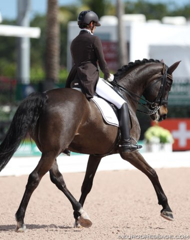 Swiss Barbara Bertschinger on Rubin Cortes (by Rubin Royal x Calmiro)