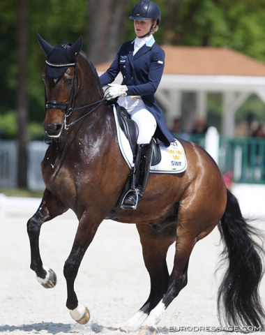 Swedish Juliette Ramel on strong form with Buriel KH