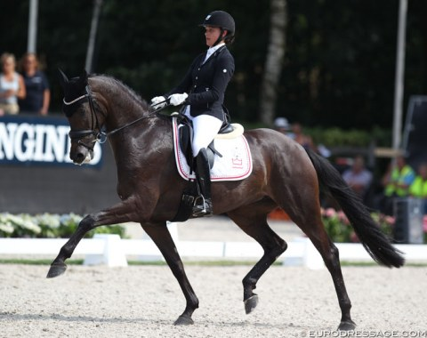 Victoria Vallentin on Straight Horse Ascenzione, the full sister to Sezuan