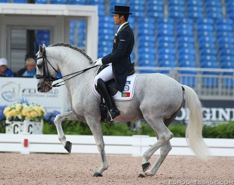 Portuguese Manuel Veiga and Ben Hur da Broa were the first pair to go in the Grand Prix