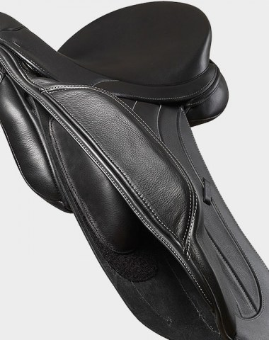 The Spencer Monoflap Dressage