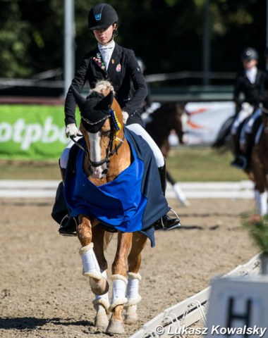 Hungarian pony rider Hanna Hoffer won the team and was second in the individual test on Macciato, but withdrew for the freestyle