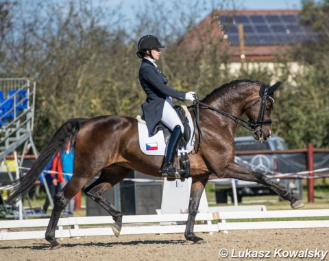 Czech Anezka Zajicova and the smashing mover Stasia EG won the Young Riders Kur to Music