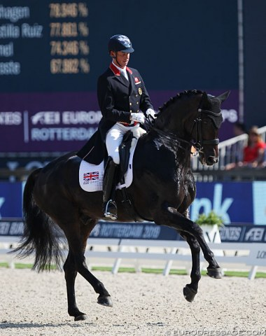 Carl Hester and Hawtins Delicato. Hester struggled with a super hot 11-year old and the test was riddled with mistakes despite a nice piaffe and passage. Uthopia's music could not save the day. Pity