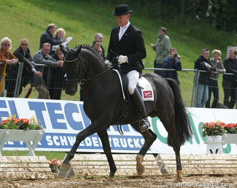 Desperados (by De Niro x Wolkenstein II) - Shown in Verden by Holga Finken. OK, he didn't compete in the World Championships but in the Hanoverian young horse championships held at the same time. He was 3 then. Went on to be Kristina Sprehe's 2012 and 2016 Olympic medal winning horse
