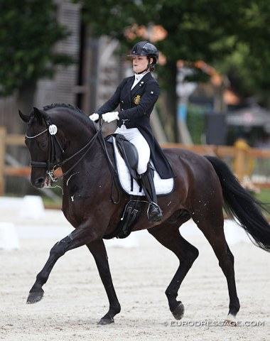 Belgium's sole Under 25 pair of the moment: Lore Vandenborne on the 12-year old Belgian warmblood Ikke Pia van de Bergerhoeve (by San Amour x Donnerhall)