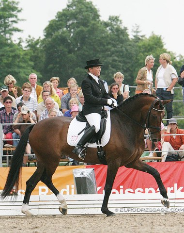 Danish Bettina Laisbo was a regular at the World Young Horse Championships in 2003, 2004 and 2005 (here with Donatella). Since then she has been active on the national Danish young horse show circuit