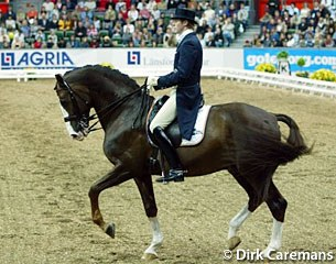Swedish home favourite Jan Brink on Bjorsells Briar at the 2003 World Cup Finals