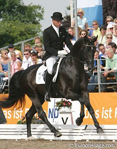 Hannes Baumgart (GER) on Royal Highness (Regazzoni x Dream of Glory)