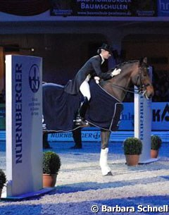 Victoria Max-Theurer and Augustin OLD win the 2007 Nurnberger Burgpokal Finals