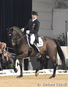 Hubertus Schmidt and his own Westfalian gelding Forest Gump NRW (by Florestan) dominated the Freestyle tour.