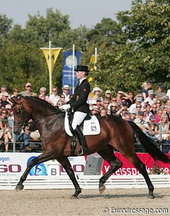 Juliane Brunkhorst on Revanche de Rubin win silver at the 2007 World Young Horse Championships