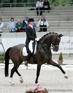 Dutch Edward Gal on his Grand Prix mare Sisther de Jeu (by Gribaldi). Lovely horse with great movements!
