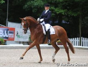 Insa Hansen on PSI horse Wyllow L