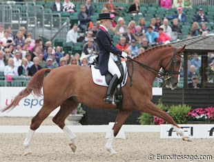 Laura Bechtolsheimer and Mistral Hojris, hot to trot