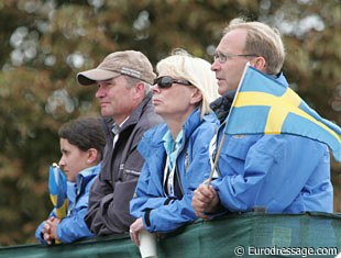 Swedish team trainer Hubertus Schmidt, Louise Nathhorst and chef d'equipe Bo Jena watching Minna Telde on Don Charly