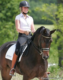 Goris and her new star ride Ucelli T, bred by Mr Tuss and previously owned by Tuss and show jumping fan Hans Vrijvogel