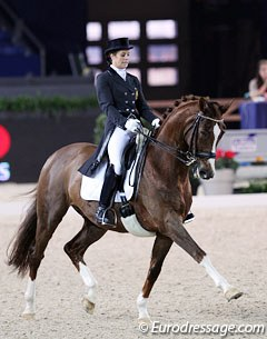 Julie de Deken had her Westfalian gelding Fazzino (by Florestan) on fire. The chestnut looked energetic and fresh.  67.723%
