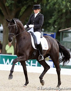 Dorothee Schneider and Sven Rothenberger's Horatio (by Hochadel x  Matcho AA) finished sixth with 8.22