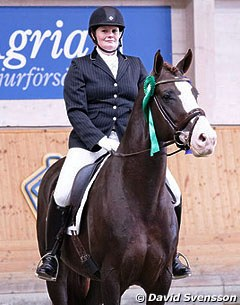 Anna Sundstrom on Luxus CML (by Florencio x Bolero)