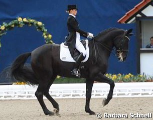 Stella Charlott Roth and Diva Royal won the Under 25 Piaff Forderpreis qualifier in Hagen