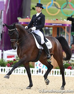 Luisa Hill on her Hanoverian bred Antonello (by Anamour).