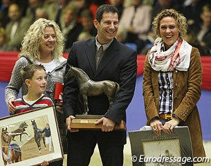 A breeder's dream: Jurgen Fetzer and his wife bred the Furstenball x Donnerschwee. Susanne Limbecker (right) owns the colt